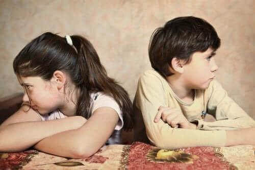 Rivalisering og hengivenhet mellom søsken