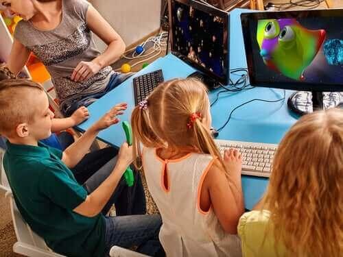 Lærere kan fremme kreativitet hos elevene sine med teknologi.