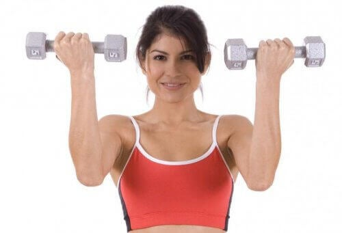 trene med vekter