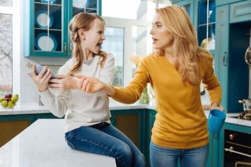 Kan foreldre sjekkes barnas sosiale medier?