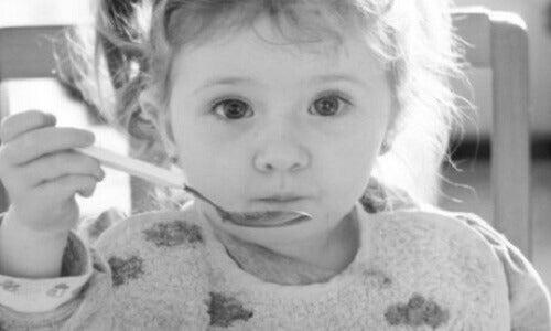 Underernæring i barndommen: Årsaker og påvisning
