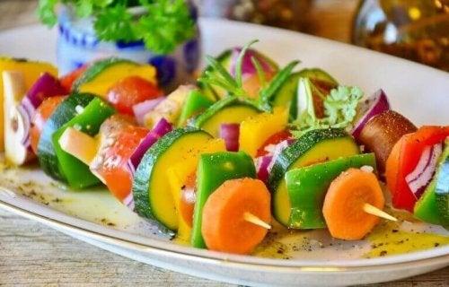 Varierte grønnsaker.
