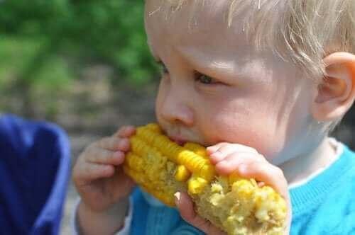 Er det trygt for barn å følge et vegetarisk kosthold?