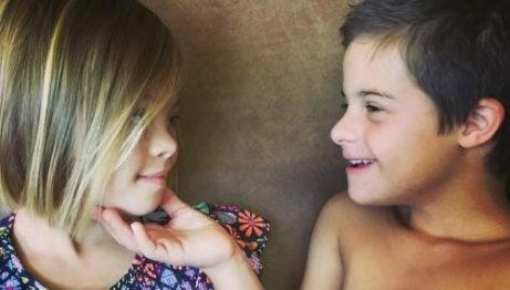 Barn må lære toleranse for å komme overens med andre mennesker enn de er