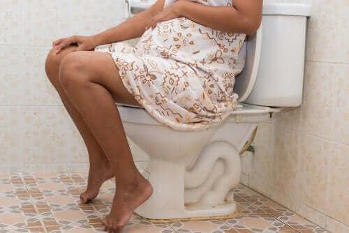 Alt du trenger å vite om forstoppelse under graviditeten