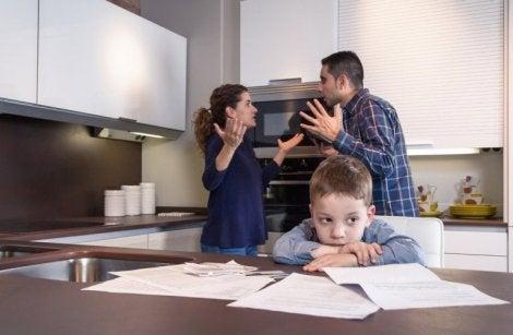 Bør man holde sammen for barns skyld?