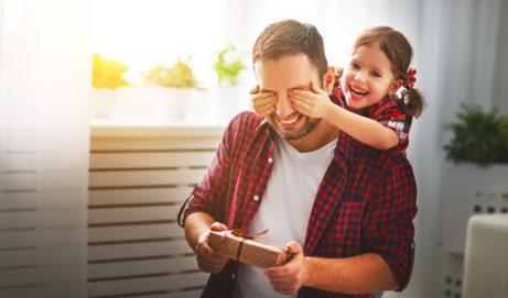 Foreldre hjelper barna sine med å utvikle sosial intelligens