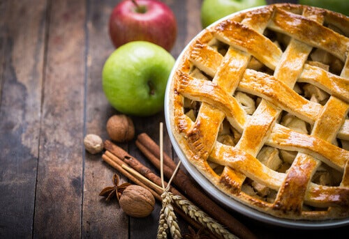 Dessert for diabetikere: Eple- og kanelkake.