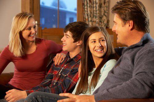 Separasjoner, nye tilskudd i familien og familiebånd