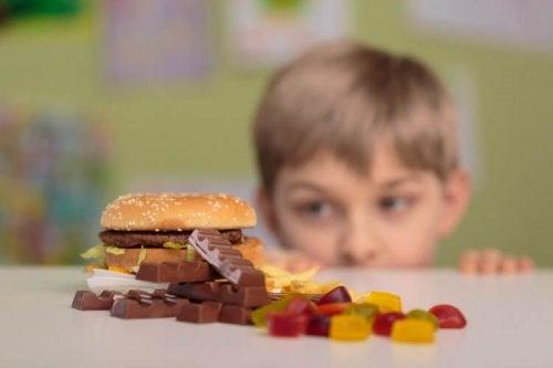 For diabetikere kan det være fristende med godteri når det er forbudt.