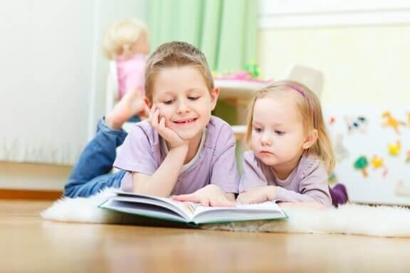Hvordan påvirker søsken barns omgjengelighet?