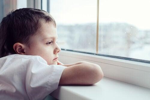 Hva du bør gjøre hvis barnet ditt er ulykkelig