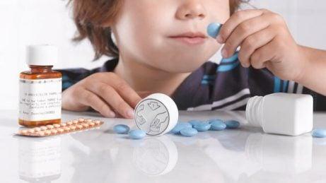 farene ved å selvmedisinere barna dine