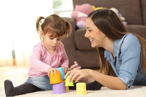 Det er mange spørsmål du burde stille når du intervjuer barnepasser.