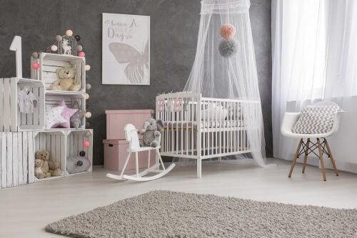 Den beste måten å dekorere babyens soverom på