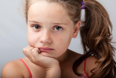Psykosomatiske lidelser hos barn: Årsaker, symptomer og behandling