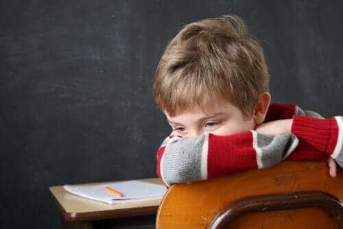 Å feile på skolen og dets mindre sammenheng med intelligens