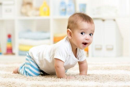 Utviklingen av sensomotorisk intelligens hos barn