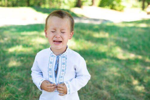 Sutring hos barn kan være en form for manipulasjon.