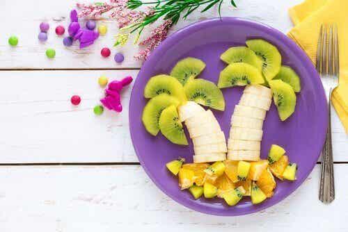 7 måter å gjøre frukt tiltalende for barn
