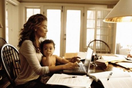 mamma og leder: et mulig oppdrag