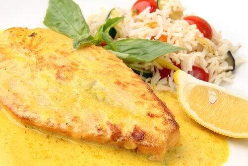 Salte oppskrifter for tredje trimester: Kylling med ris og grønnsaker.