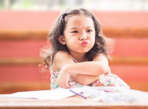 Teknikken som kan forhindre dårlig oppførsel hos barna