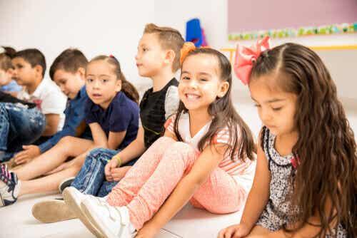 Øvelser som gir kognitiv stimulering for barn