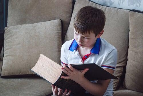9 handlinger som kan drepe barnas leselyst