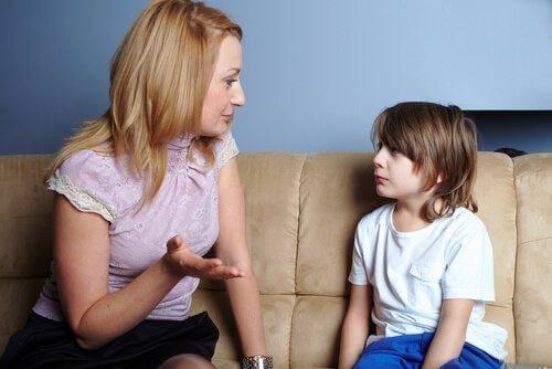 Det er viktig for et barn å ha emosjonelt tilgjengelige foreldre.