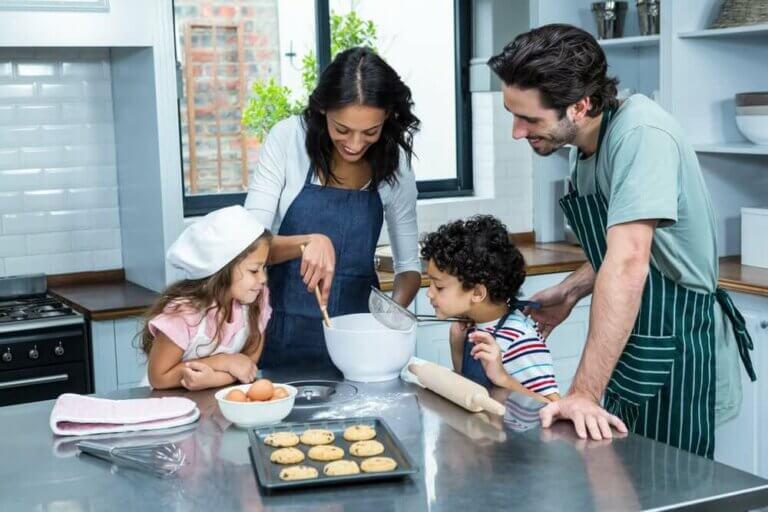 4 aktiviteter å glede seg over hjemme med familien