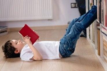 Viktigheten av å lese under hjemmekarantene