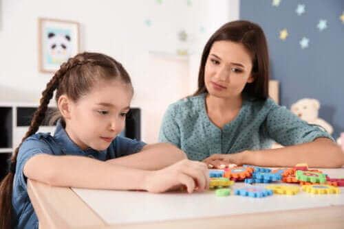 Hvordan takle karantene med barn med psykisk utviklingshemning