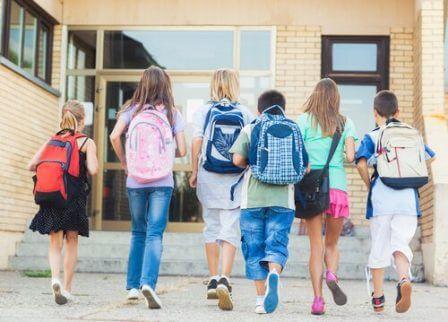 Hvorfor du bør lære barna å være punktlige