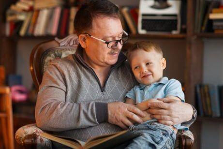 Hvorfor er det viktig å ta vare på besteforeldrene våre?