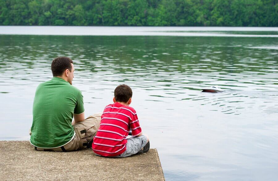 Hvordan forbedre kommunikasjon mellom foreldre og barn