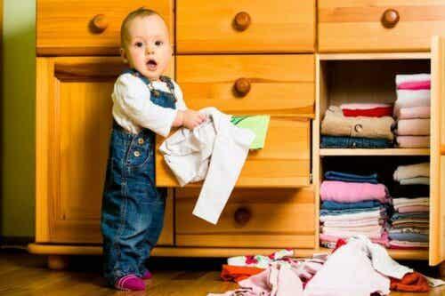 6 gode ideer til lagring på babyens rom