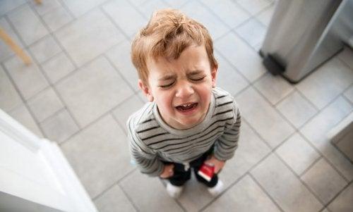 En roe-seg-ned-krukke kan hjelpe barn å takle negative følelser.