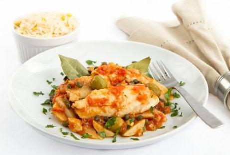 6 ideer for å få barna dine til å spise fisk