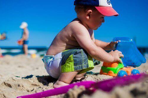 Barnet mitt har solallergi, hva kan jeg gjøre?
