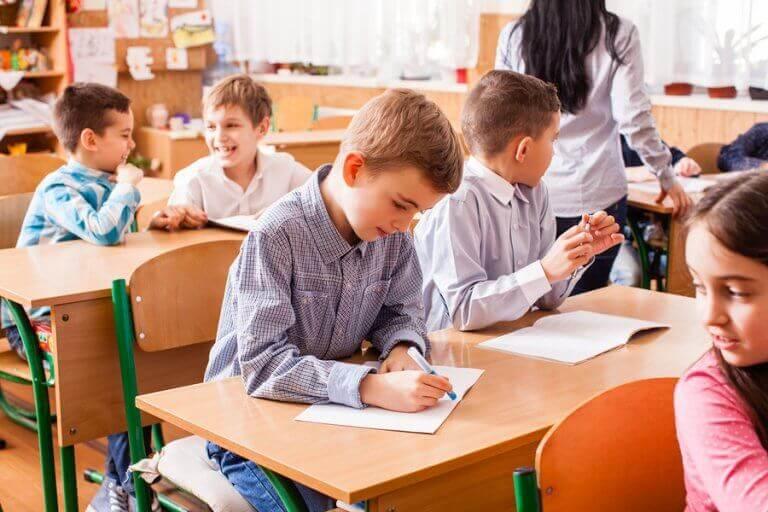 Hvordan kan man motivere barn til å gjøre det bedre på skolen?