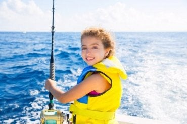 Gode sikkerhetsråd for å dra på båttur med barn