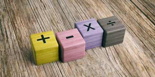 Tips for å hjelpe barn å lære å dividere