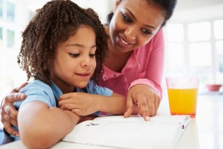 Tips for å hjelpe barnet ditt å lære å dividere