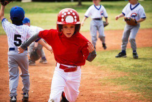 Idrettskader: Hvorfor skader barnet mitt seg så ofte?