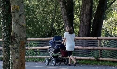 Sommeraktiviteter for foreldre med nyfødte