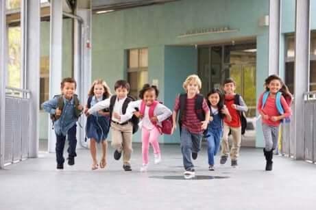 Tips for å pakke barns skolesekk