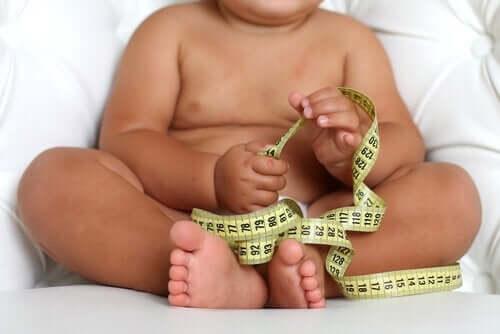Føtal makrosomi: Babyer med høy fødselsvekt