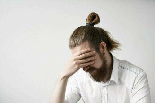 Hvordan påvirker spontanaborter menn?