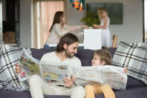 Hvordan lære barn ved å gå foran som et godt eksempel
